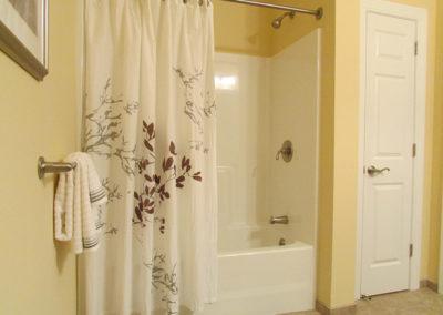 Tara-Heights_Bathroom1